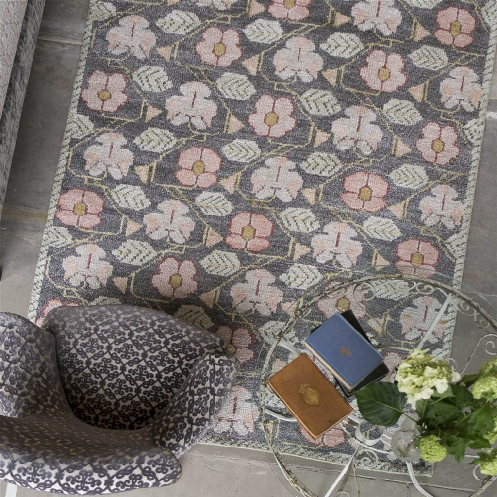A traditional soft rose pink rug, the perfect gift for mother's day