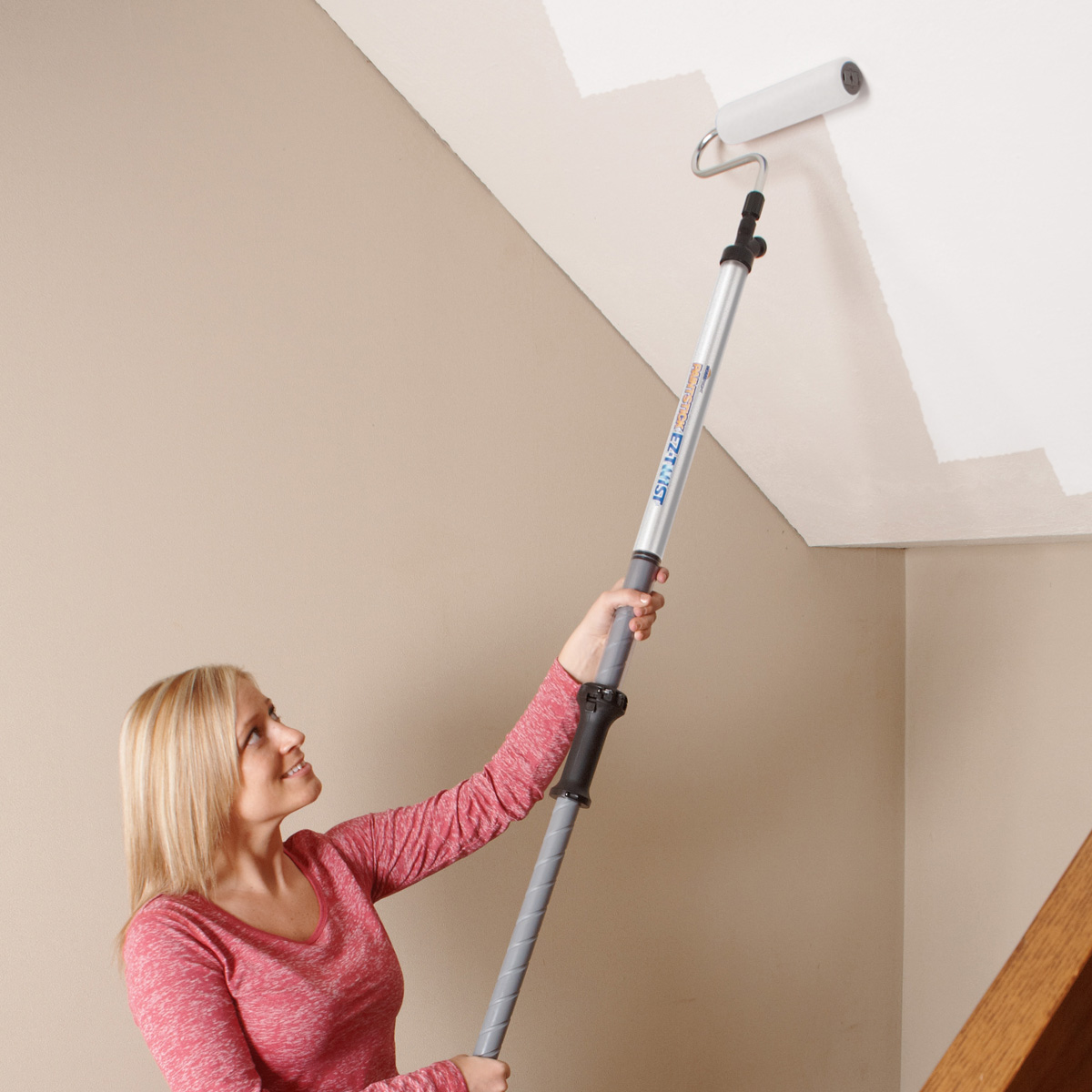 How to paint a room a guide for beginners 35 tips and tricks for How much to paint a ceiling