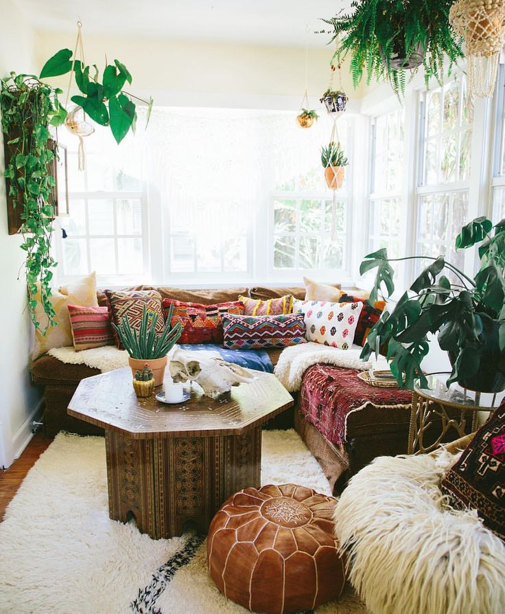 Bohemian Decor: Bohemian: How To Achieve Boho Chic Style In Your Home