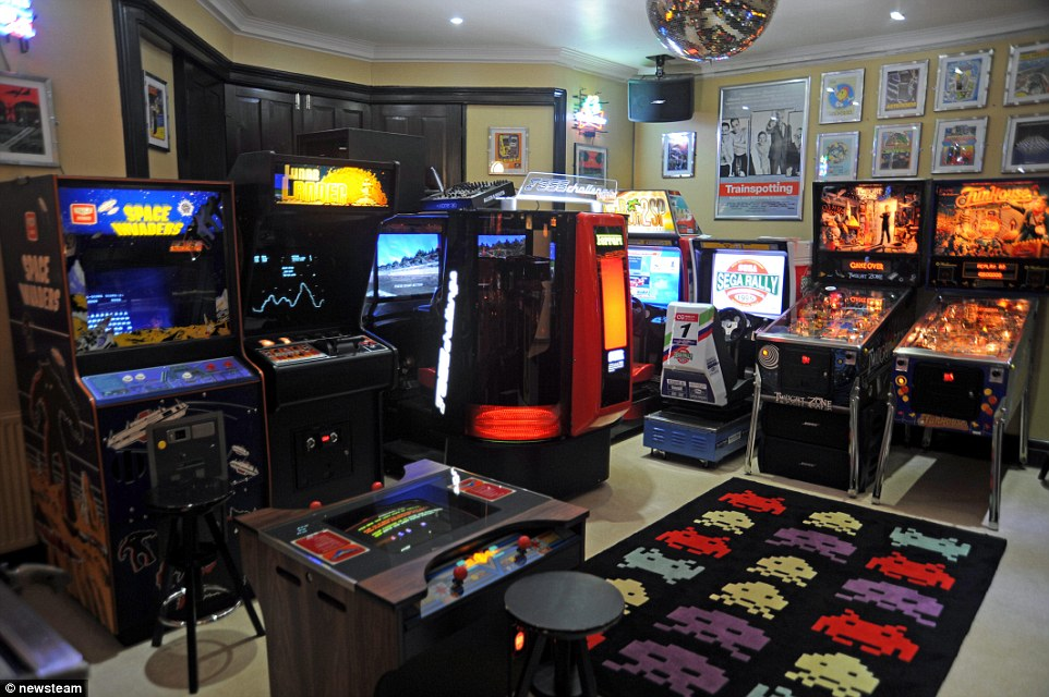 classic retro games room