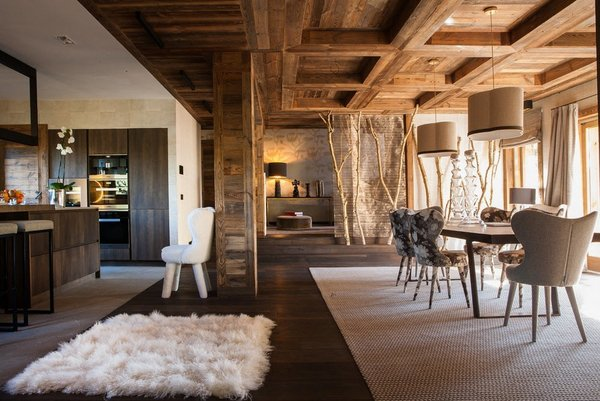 wooden ceiling beams in a dining room