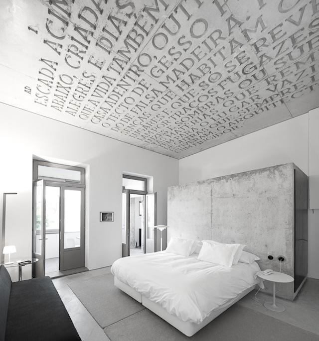 letters on the ceiling creative bedroom design
