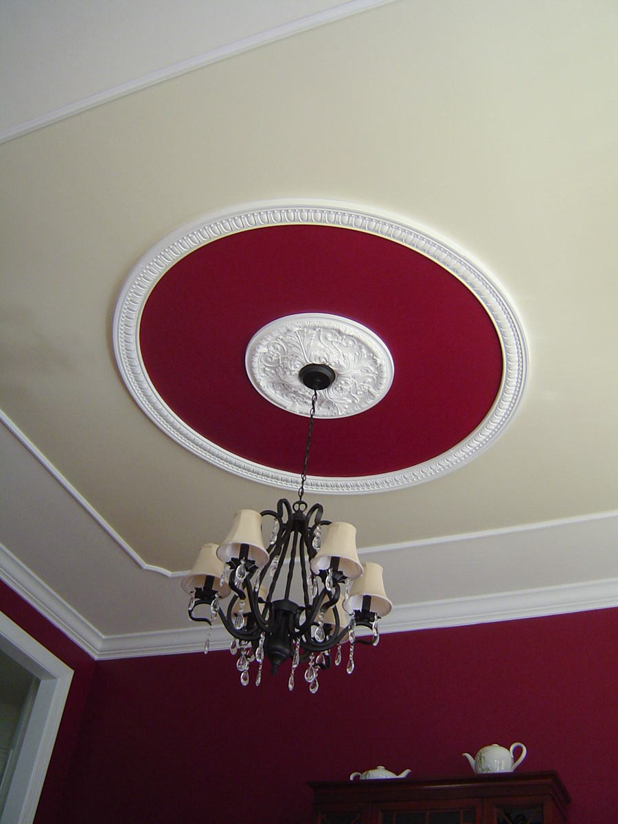 rich red faux tray ceiling medallion