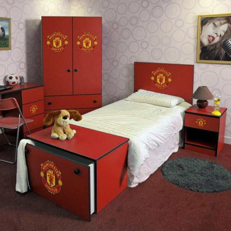 red manchester united football interior