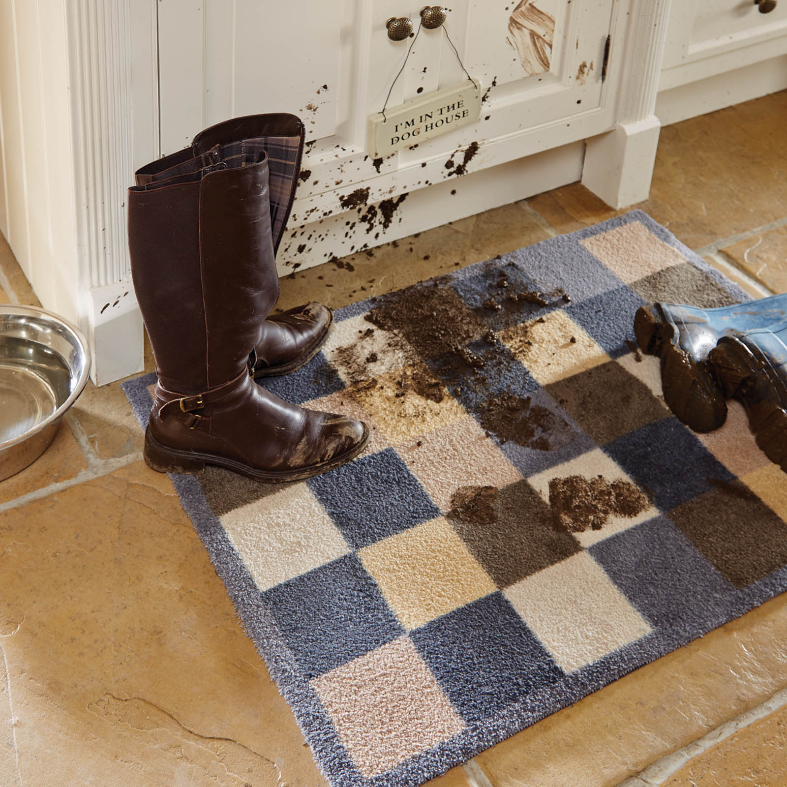 mudroom entryway doormat