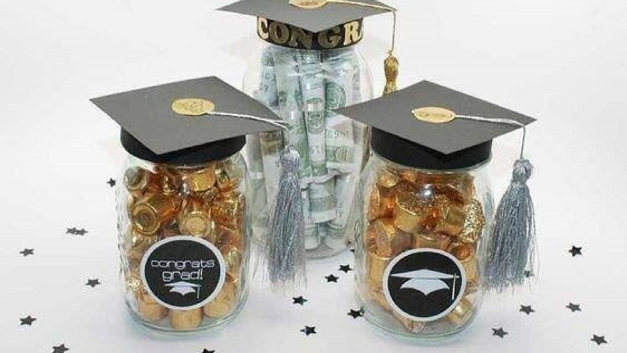 Graduation Sweet Treats in a DIY Graduation Mason Jar