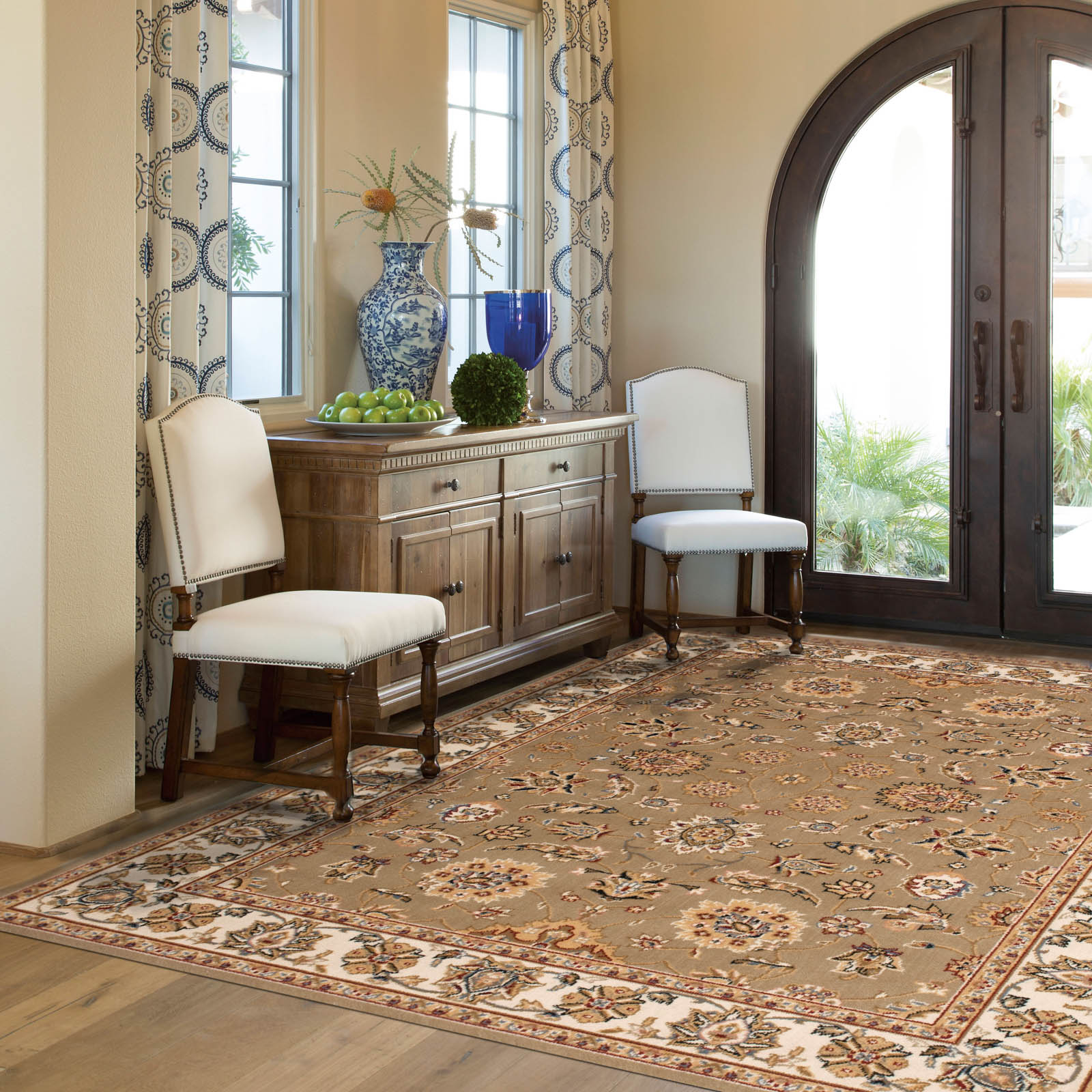 Artena Traditional Rugs