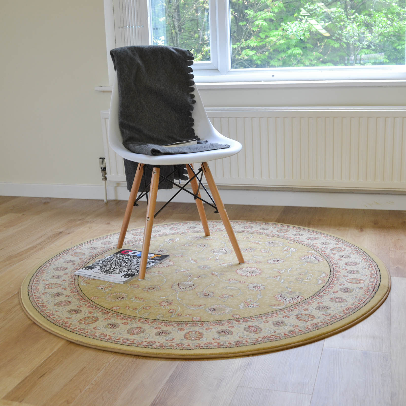 Noble Art Circular Traditional Rugs