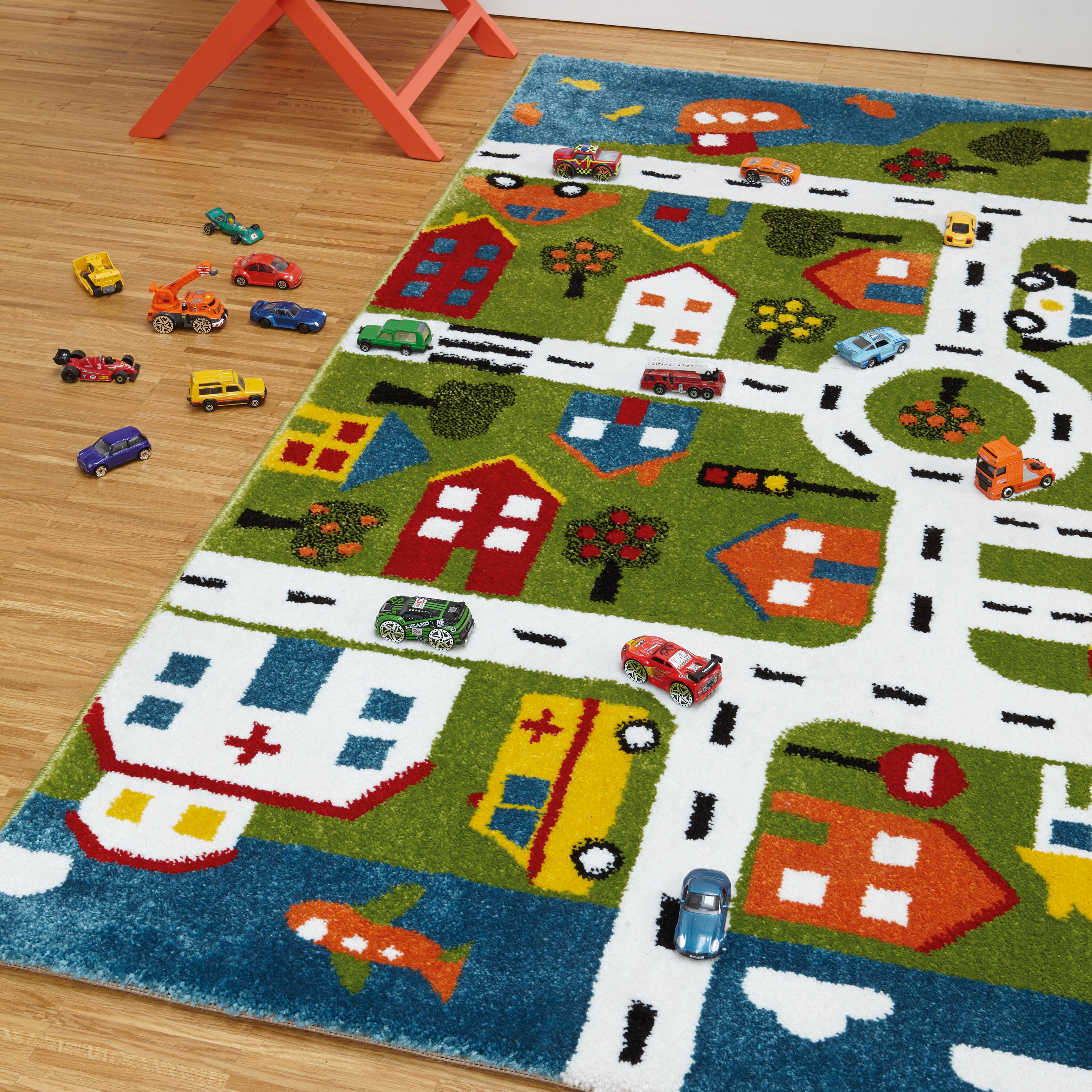 Play Rug Boys Football Pitch Childrens Rug Green: Play Rugs With Free UK Delivery From The Rug Seller Ltd