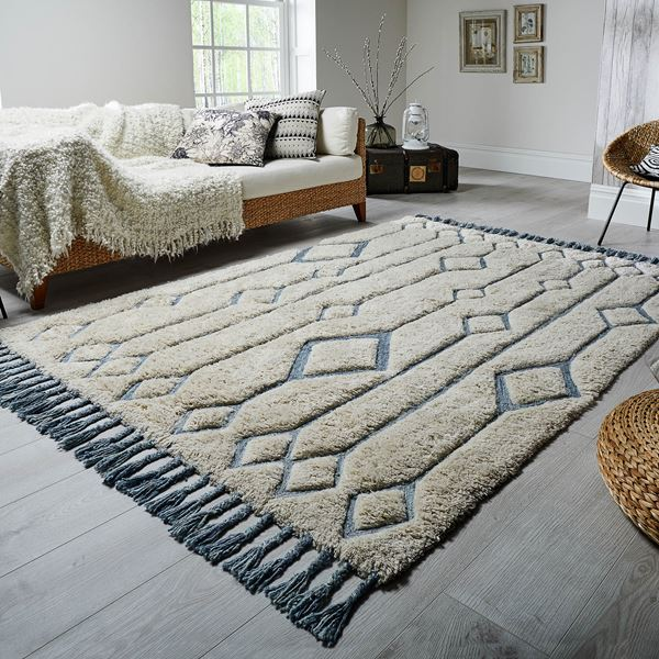 Solitaire Rugs