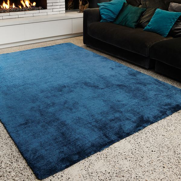 Tula Plain Rugs