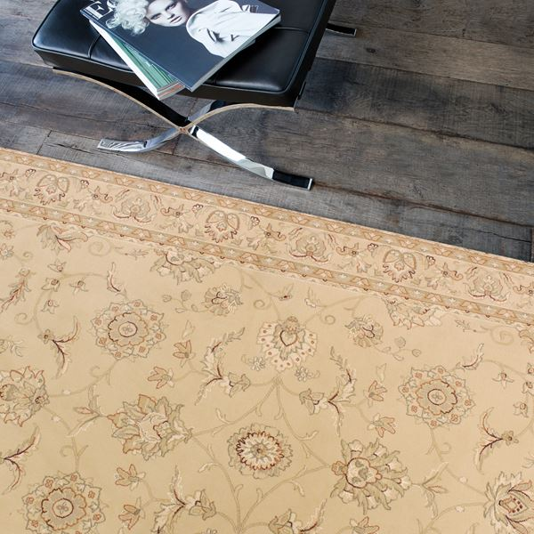 Viscount Traditional Rugs