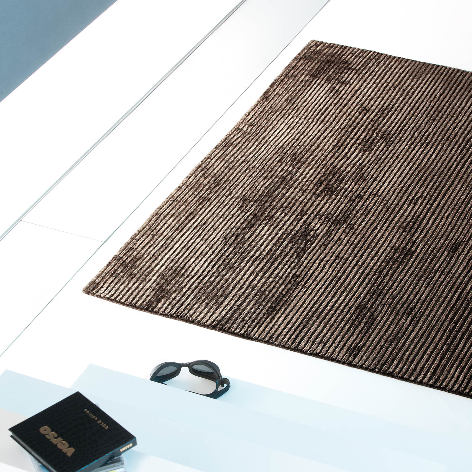 Uni Reflect Rugs 111 001 601 in Brown by Ligne Pure