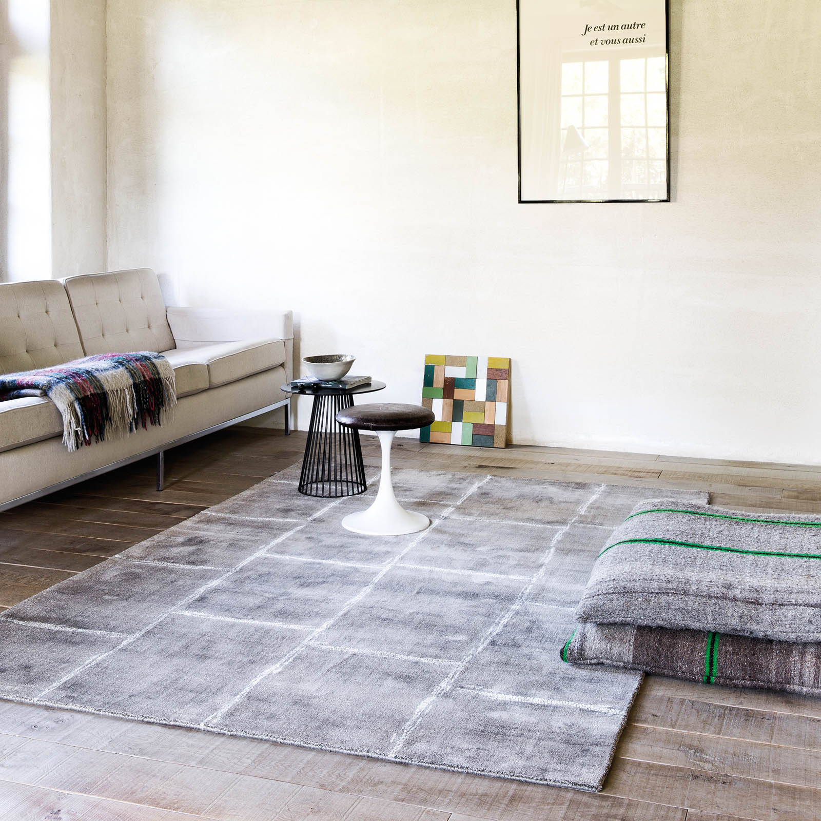 Uni Reflect Rugs 206 002 900 in Brown by Ligne Pure