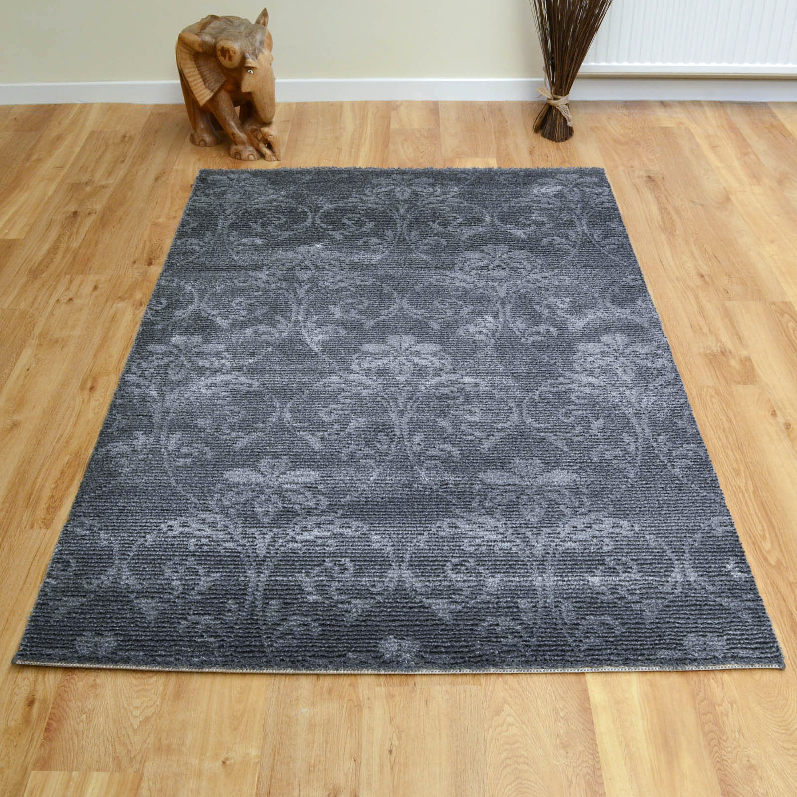 Chelsea Rugs 2208 942 in Grey