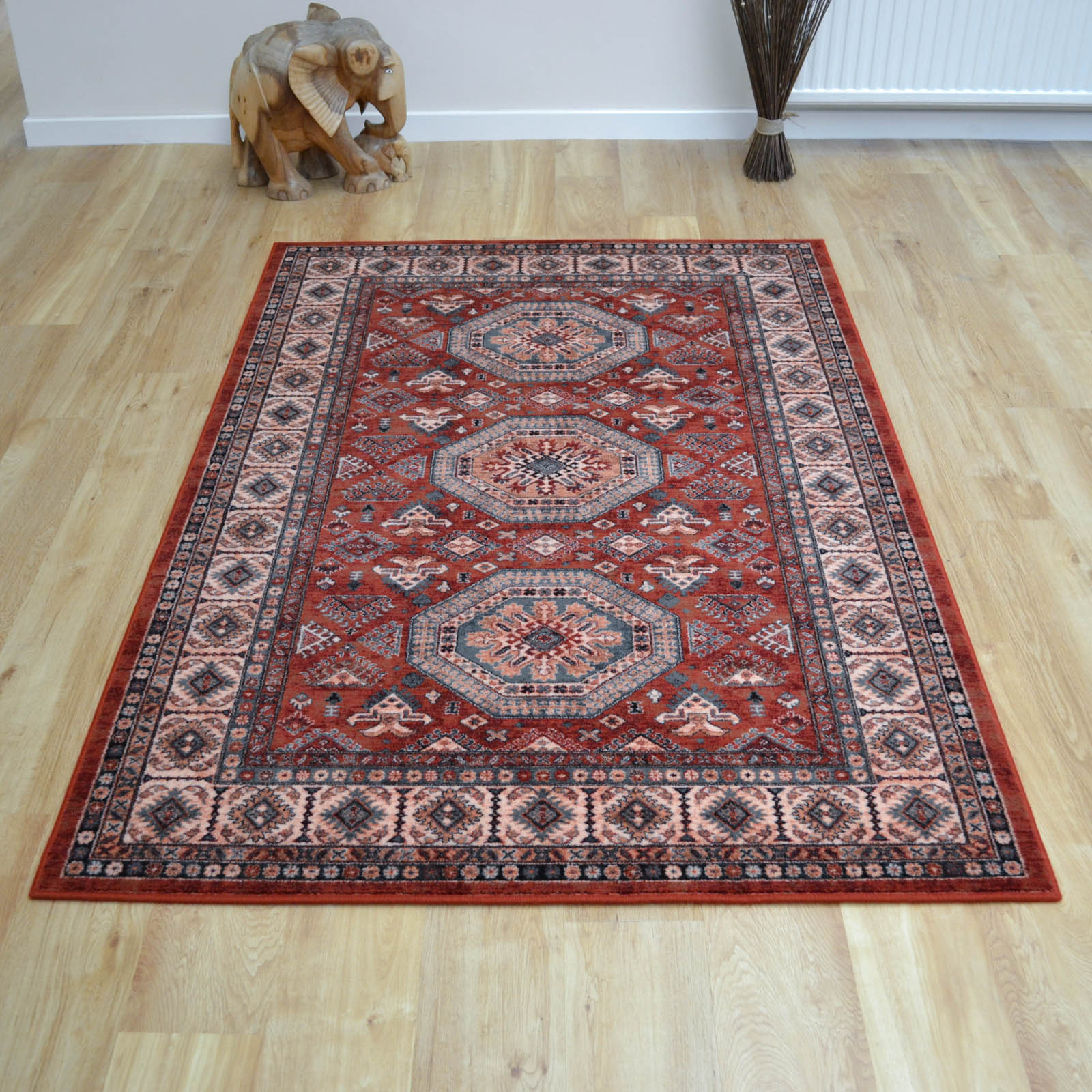Royal Kashqai Rugs 4317 300 in Brick