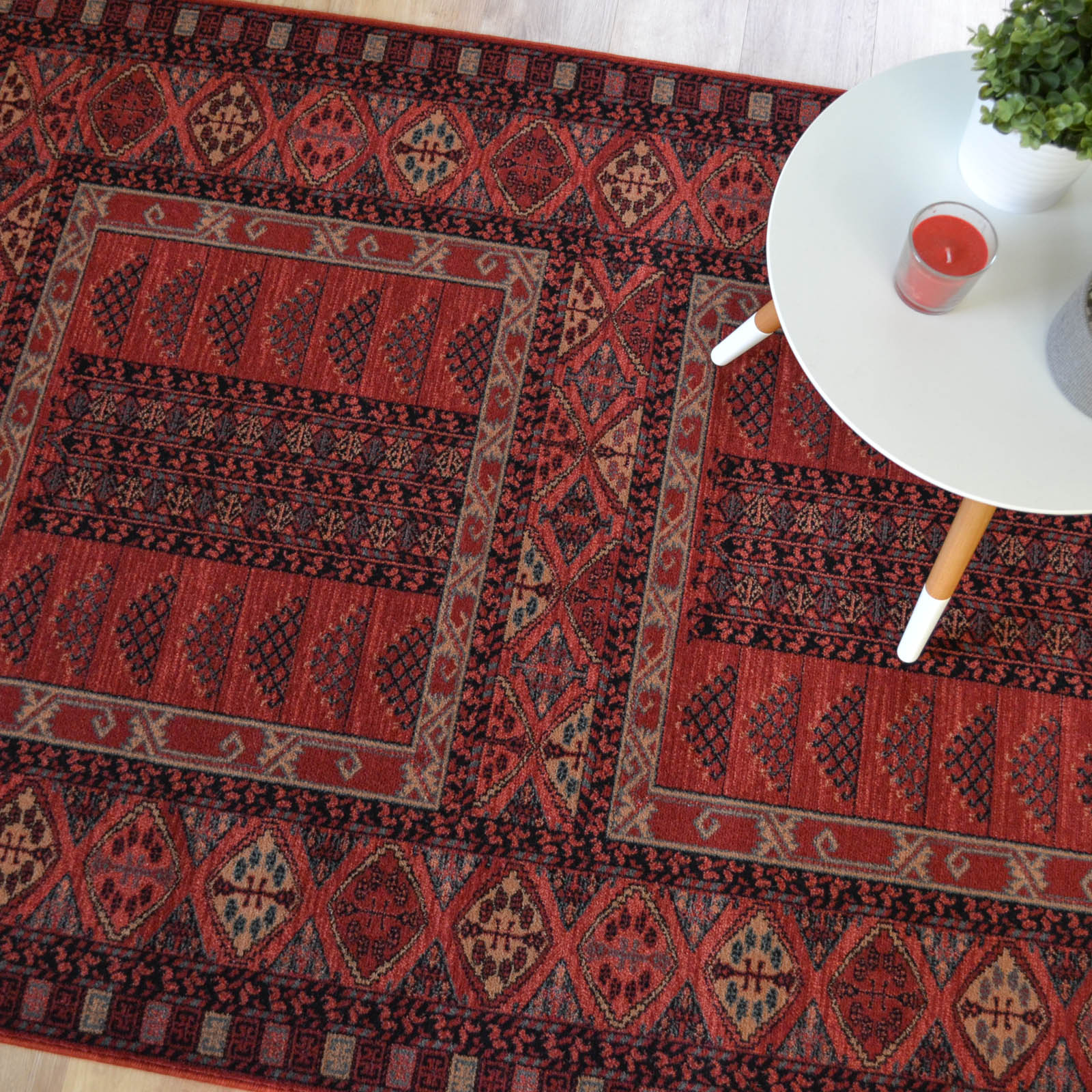 Royal Kashqai Rugs 4346 300 in Red