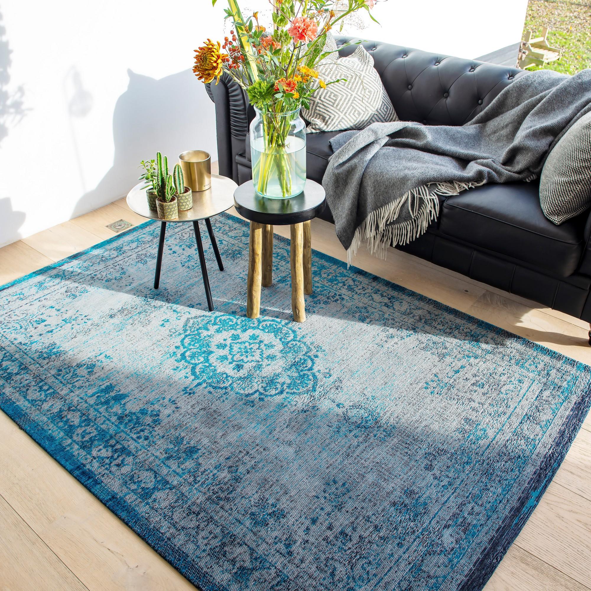 louis de poortere fading world rugs 8255 grey turquoise free uk delivery the rug seller. Black Bedroom Furniture Sets. Home Design Ideas