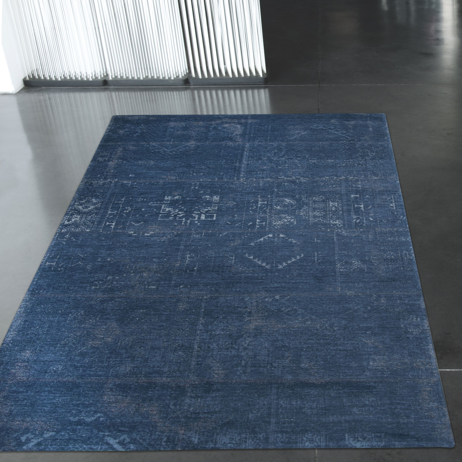 Louis De Poortere Fading World Rugs 8272 Windsor Blue