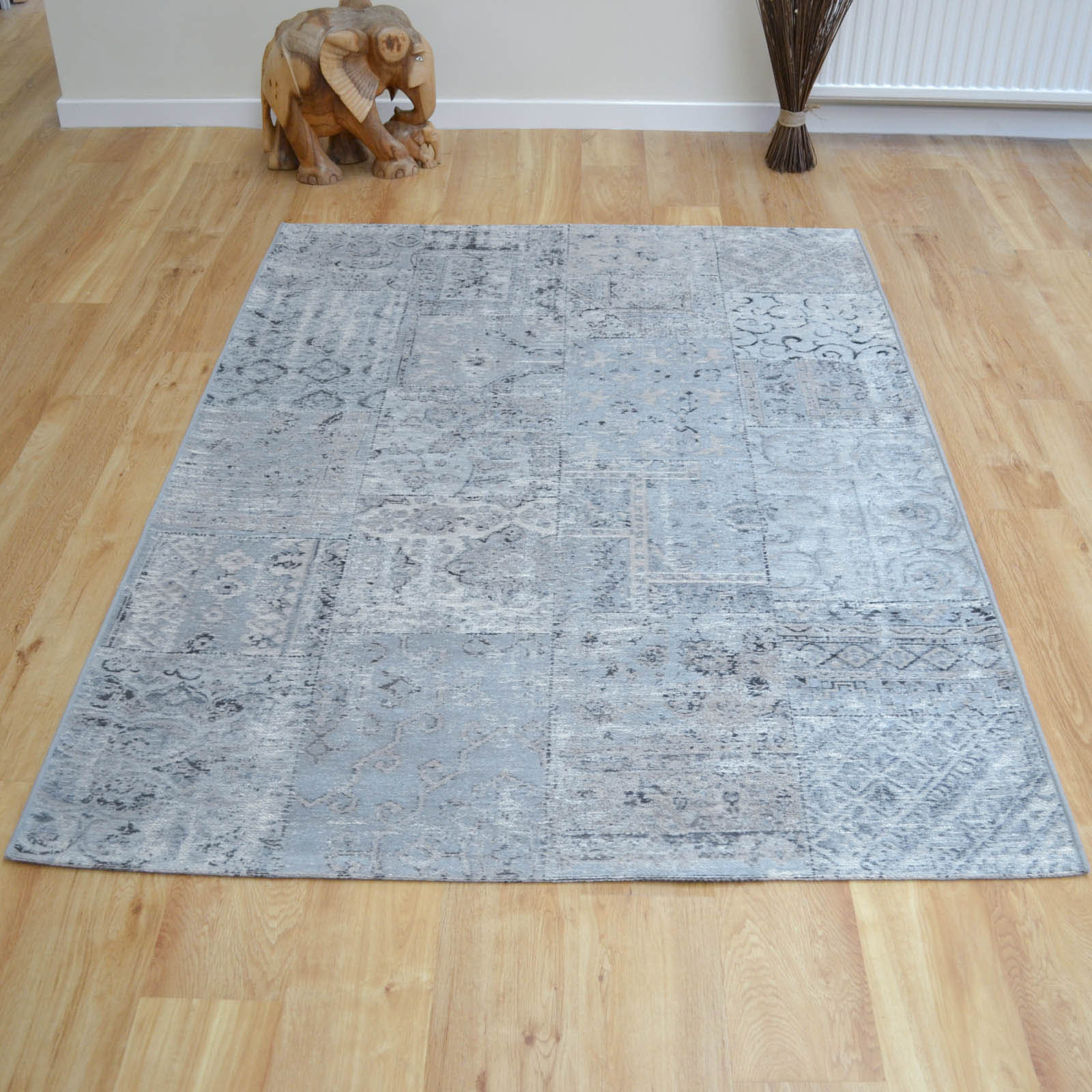 Capri Rugs 91210 3002 in Grey