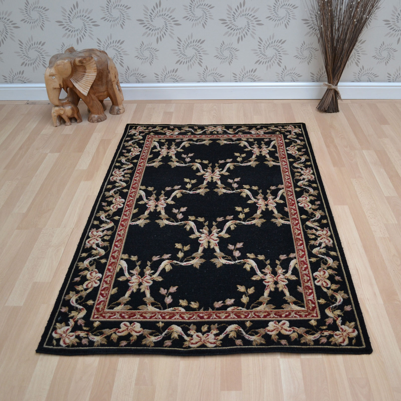 Ashton House Rugs by Nourison AS07 in Black