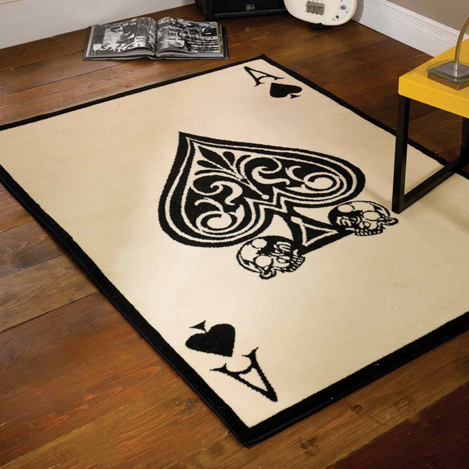 Retro Ace of Spades Rugs