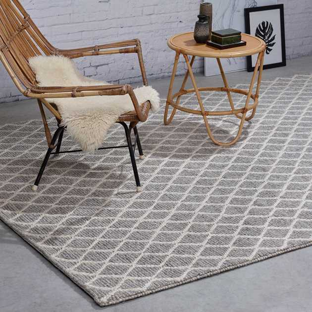 Alicante Rugs 18049 in Grey and White