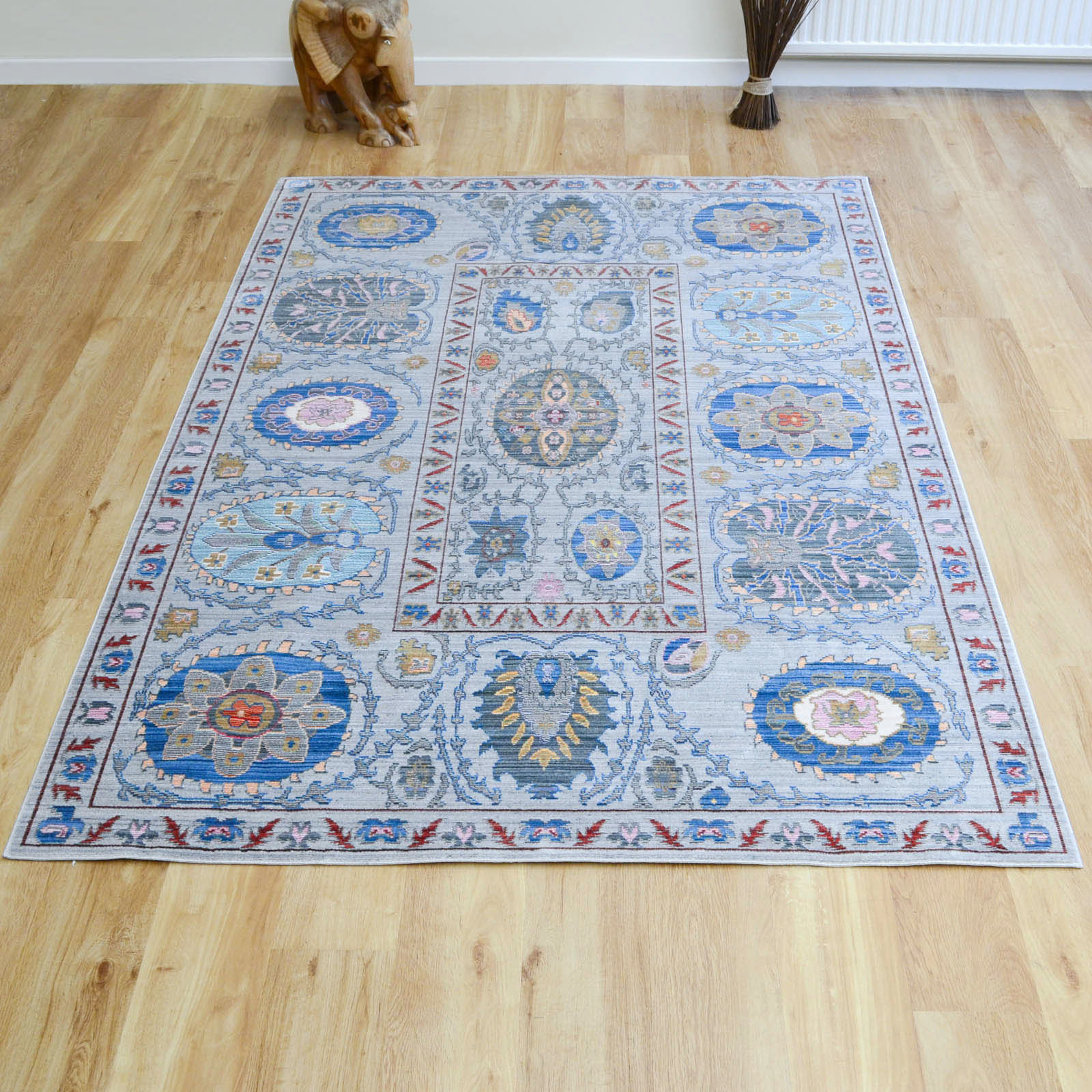 Aqua Silk Traditional Rugs B268a in Grey