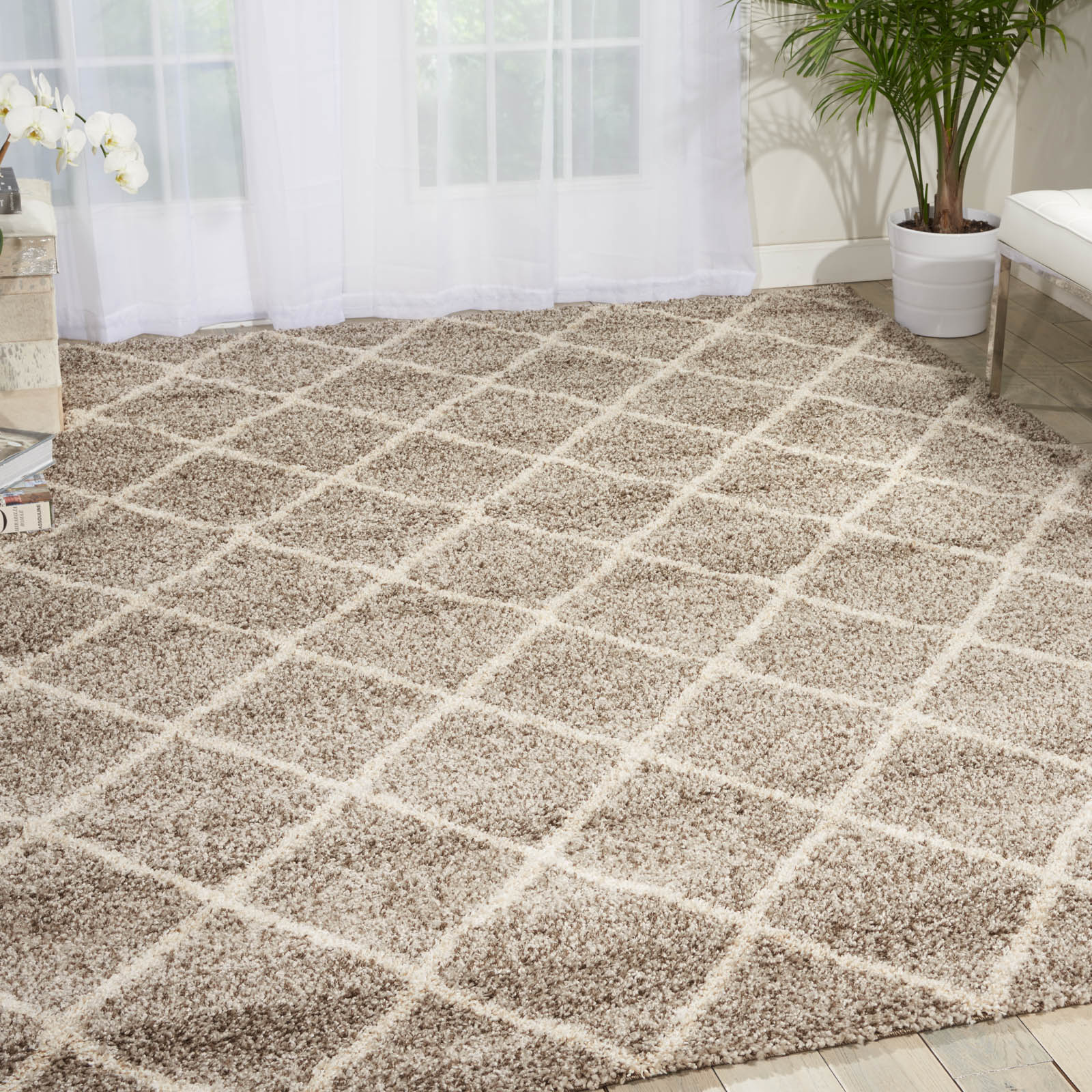 Persian Rug Brisbane: Brisbane Rugs BRI08 In Ivory And Charcoal Buy Online From