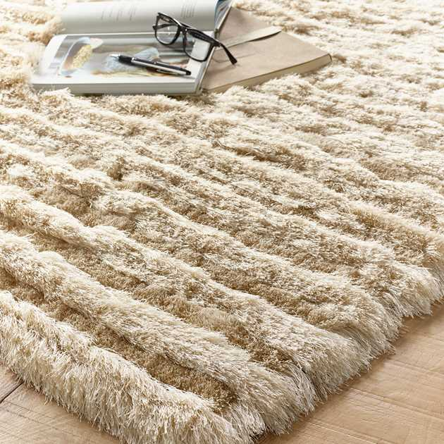Carved Glamour Rugs in Natural