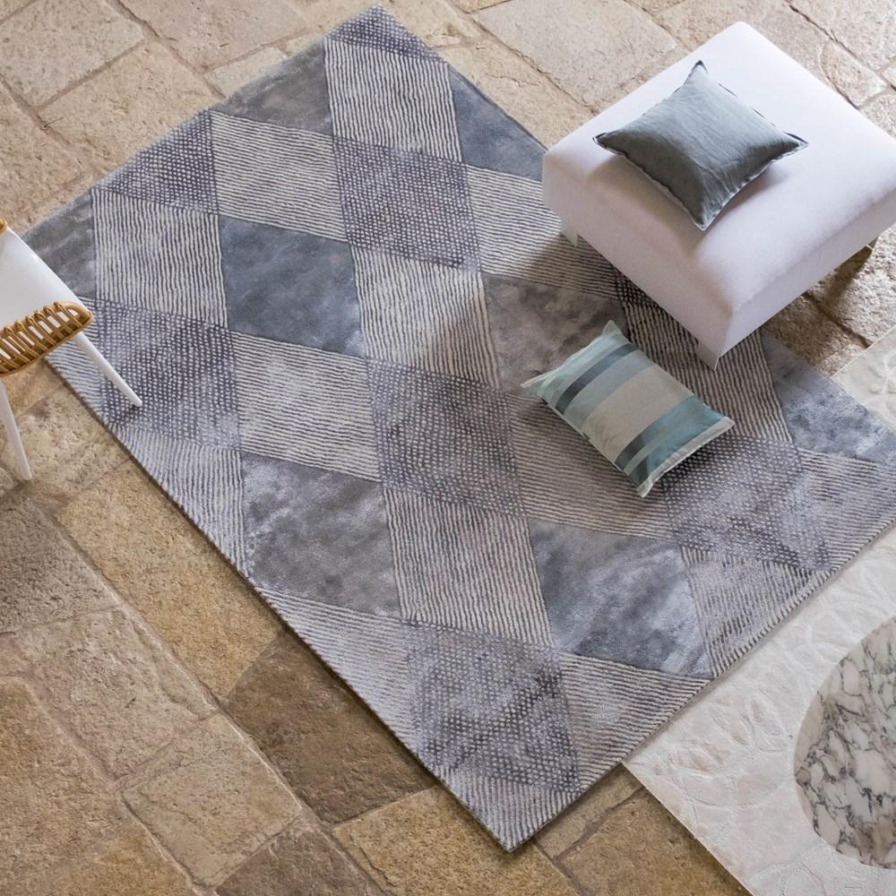Castillon Platinum Rug By Designers Guild Buy Online From