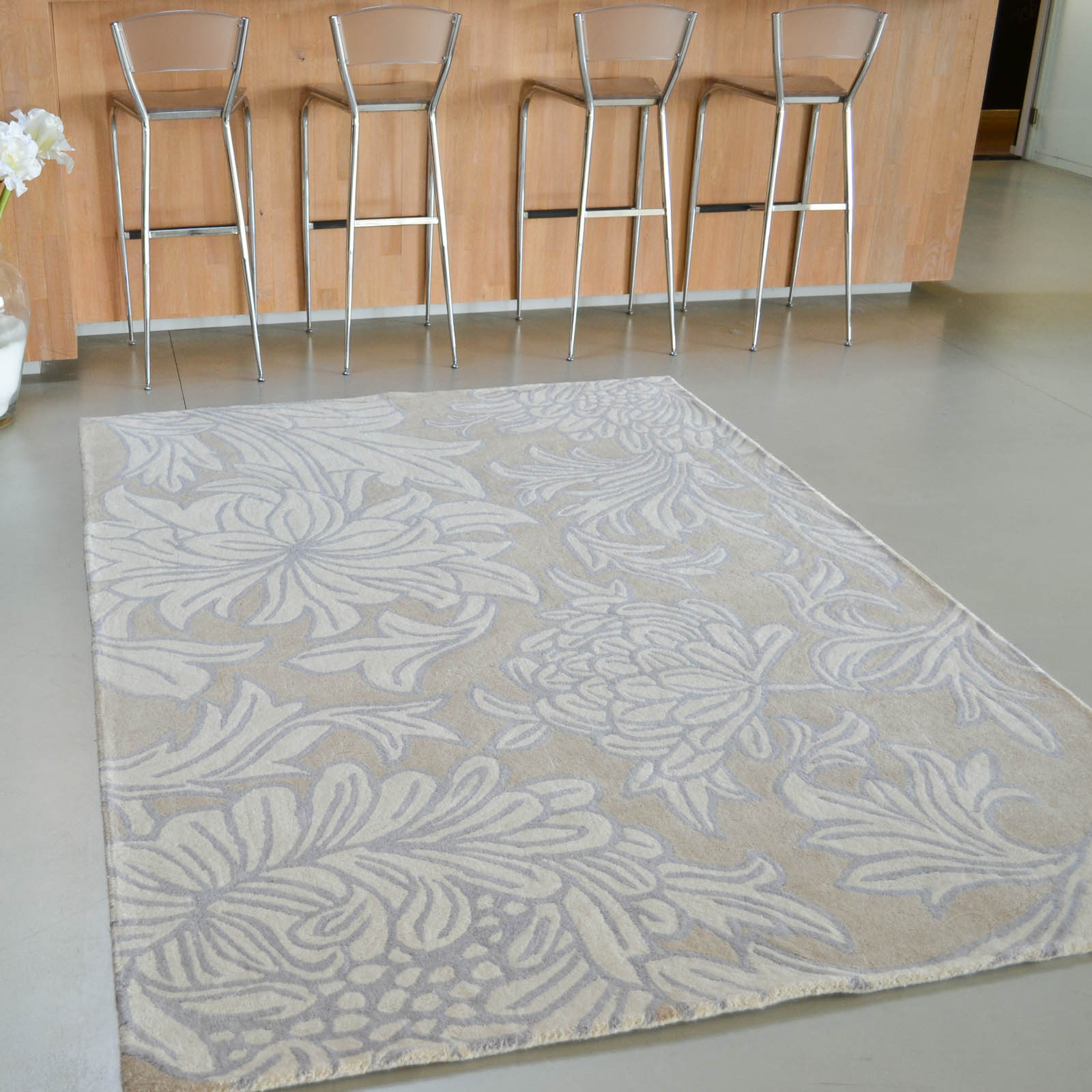 Chrysanthemum Rugs 27001 in Sisal and Canvas
