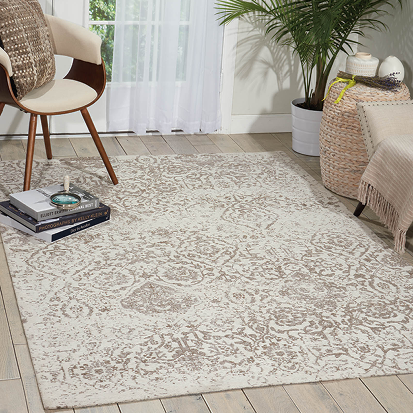 Damask Rugs DAS06 in Ivory by Nourison