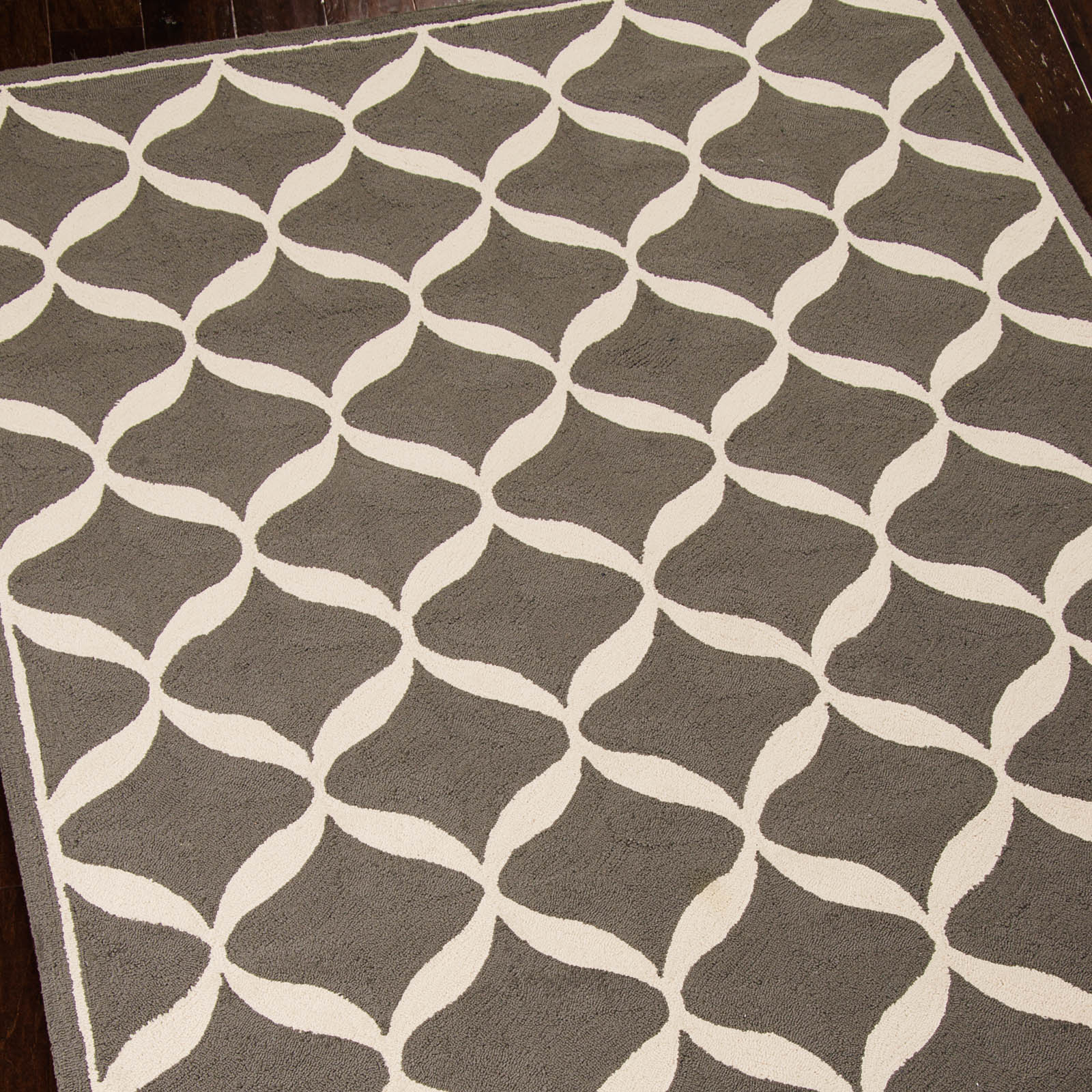 Decor Rugs DER06 by Nourison in Grey and White