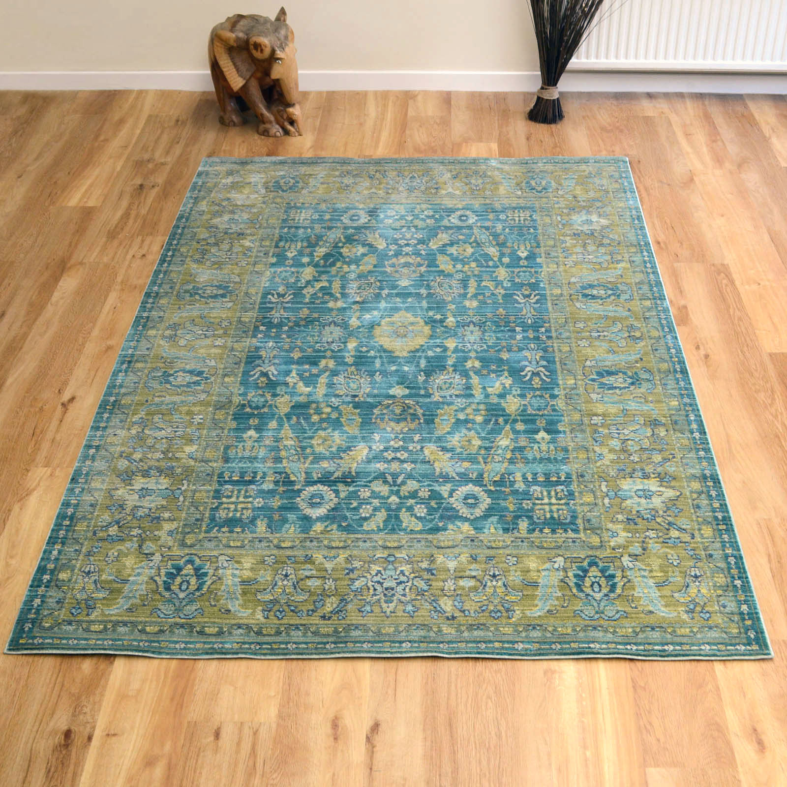 Aqua Silk Traditional Rugs E309c In Green And Blue