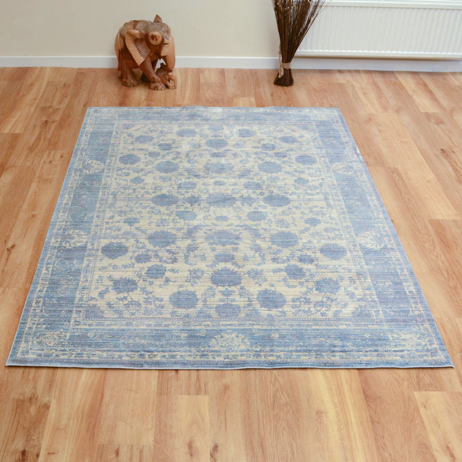 Aqua Silk Traditional Rugs E414a In Grey And Light Blue