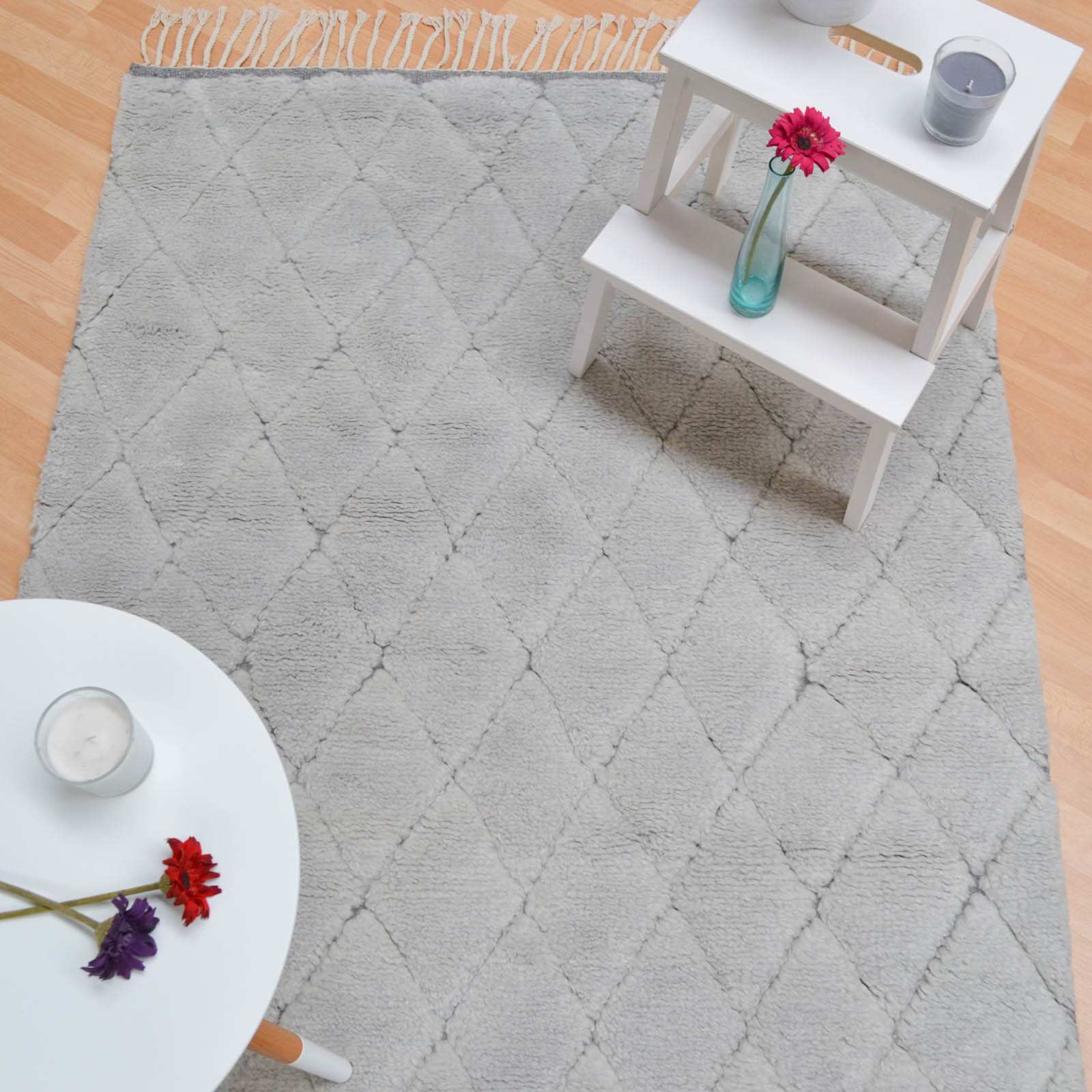 Echo Rugs ECH03 in Light Grey