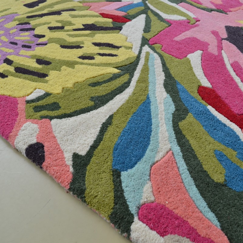 Floreale Rugs 44905 In Fuschia Buy Online From The Rug