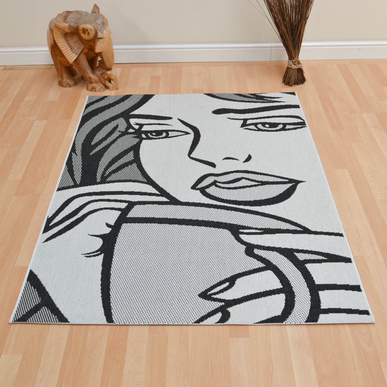 Gayle Rugs in Black and White