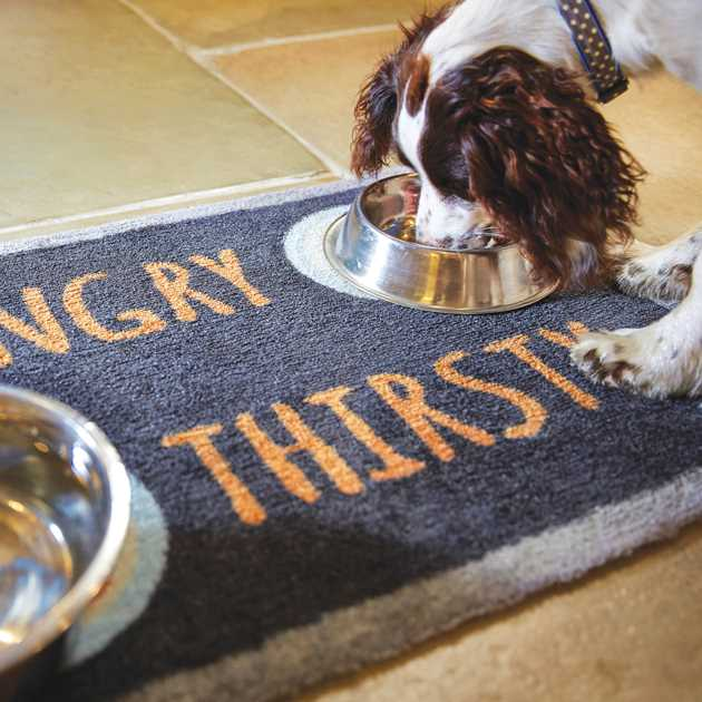 Howler & Scratch Hungry Mats 4 in Charcoal and Orange