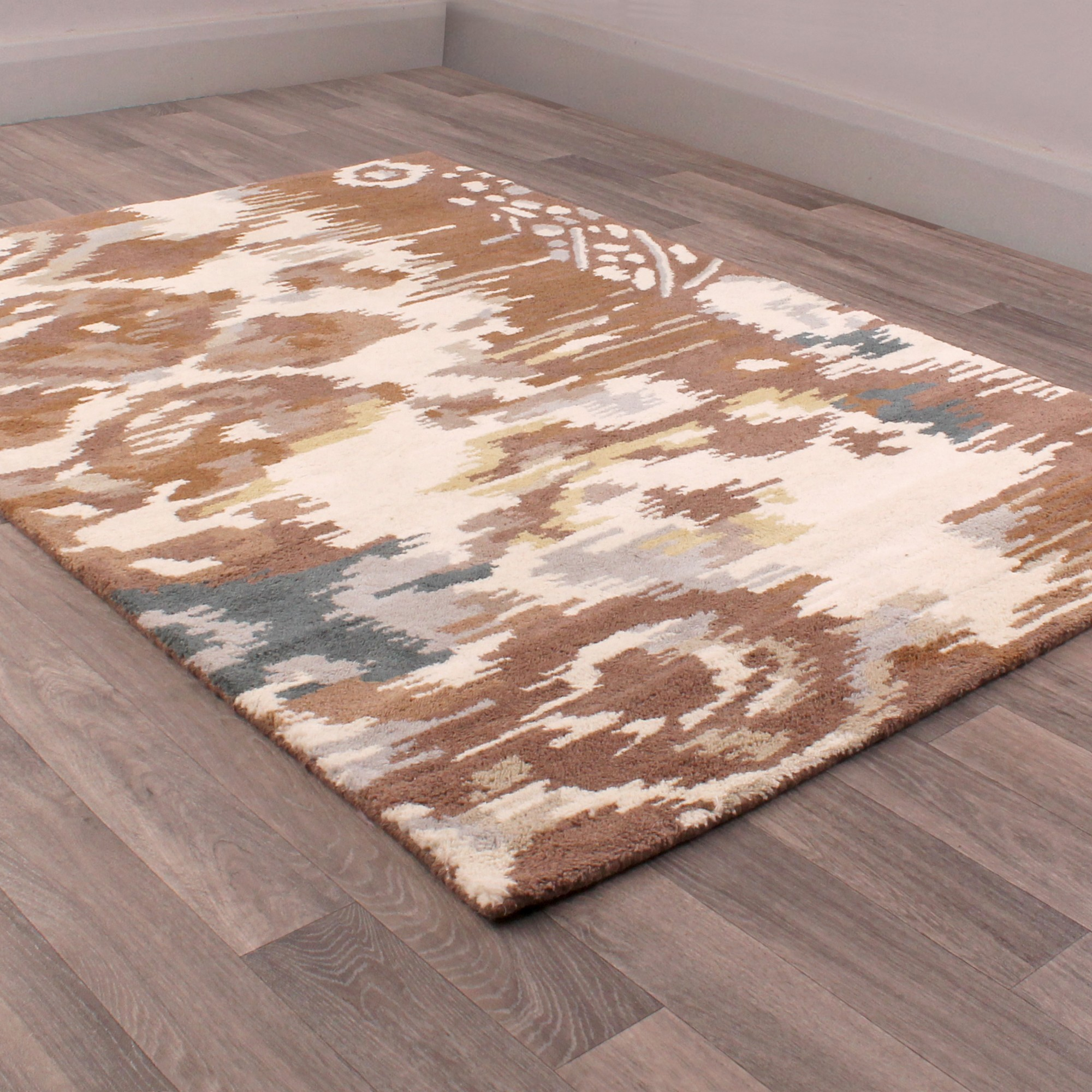 Fusion Hebrides Rugs in Brown