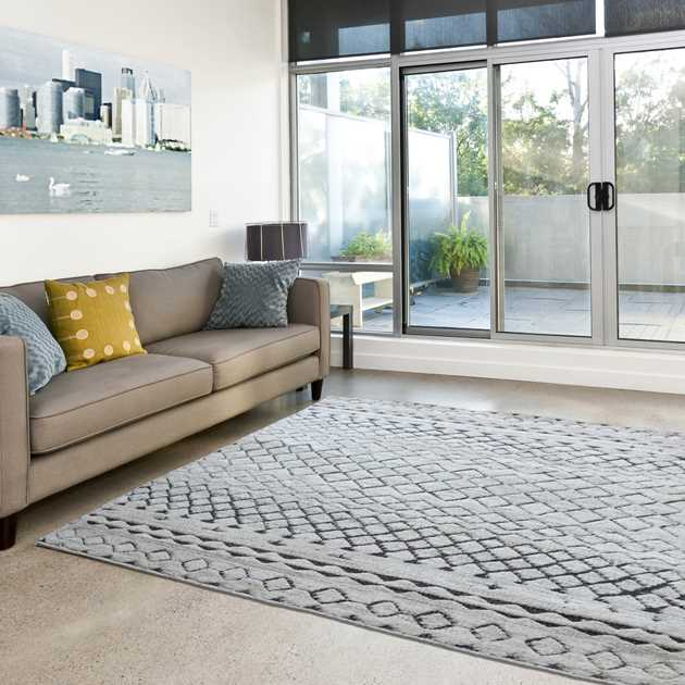 High Low rugs in Beige and Brown