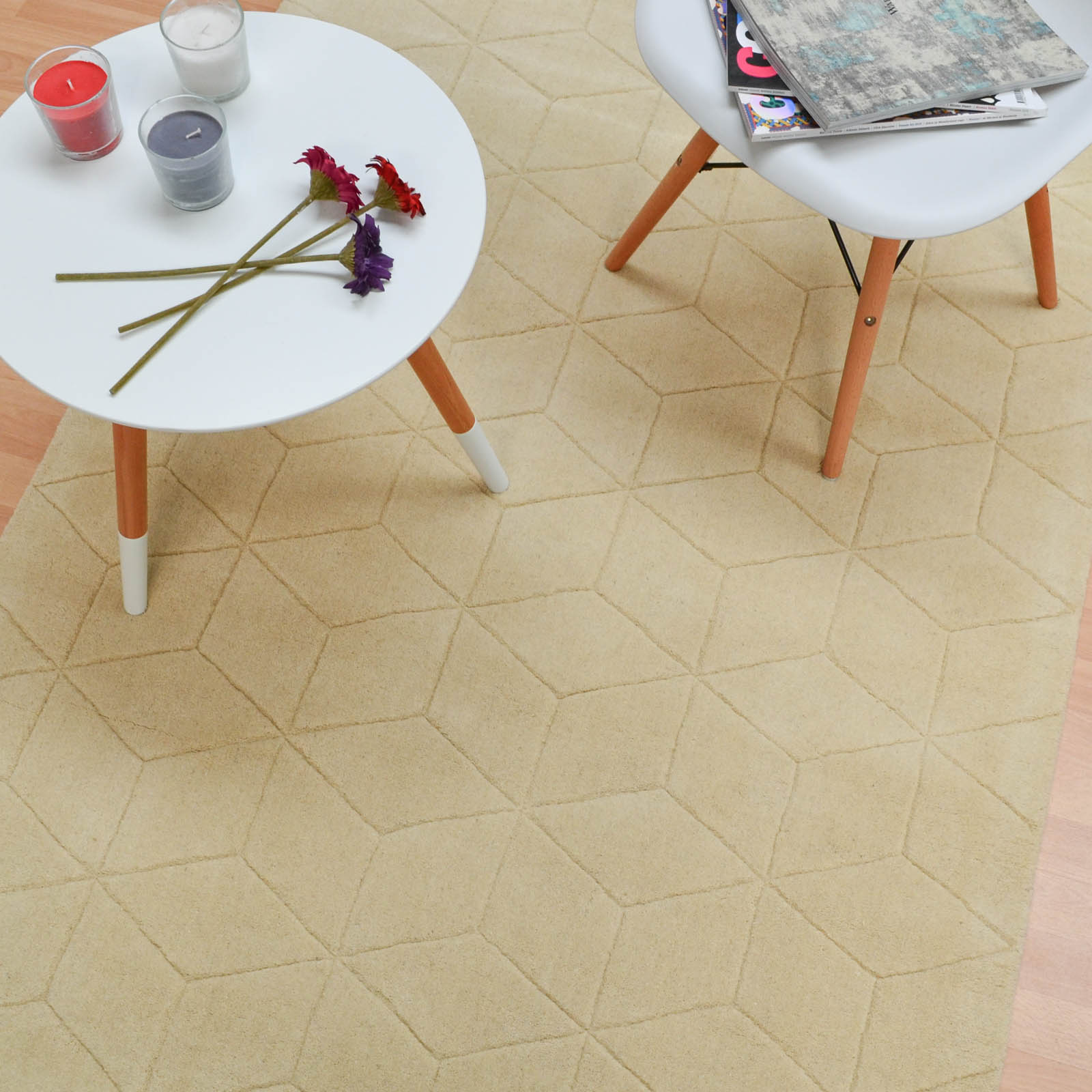 Illusory Rugs ILU01 in Pale Yellow