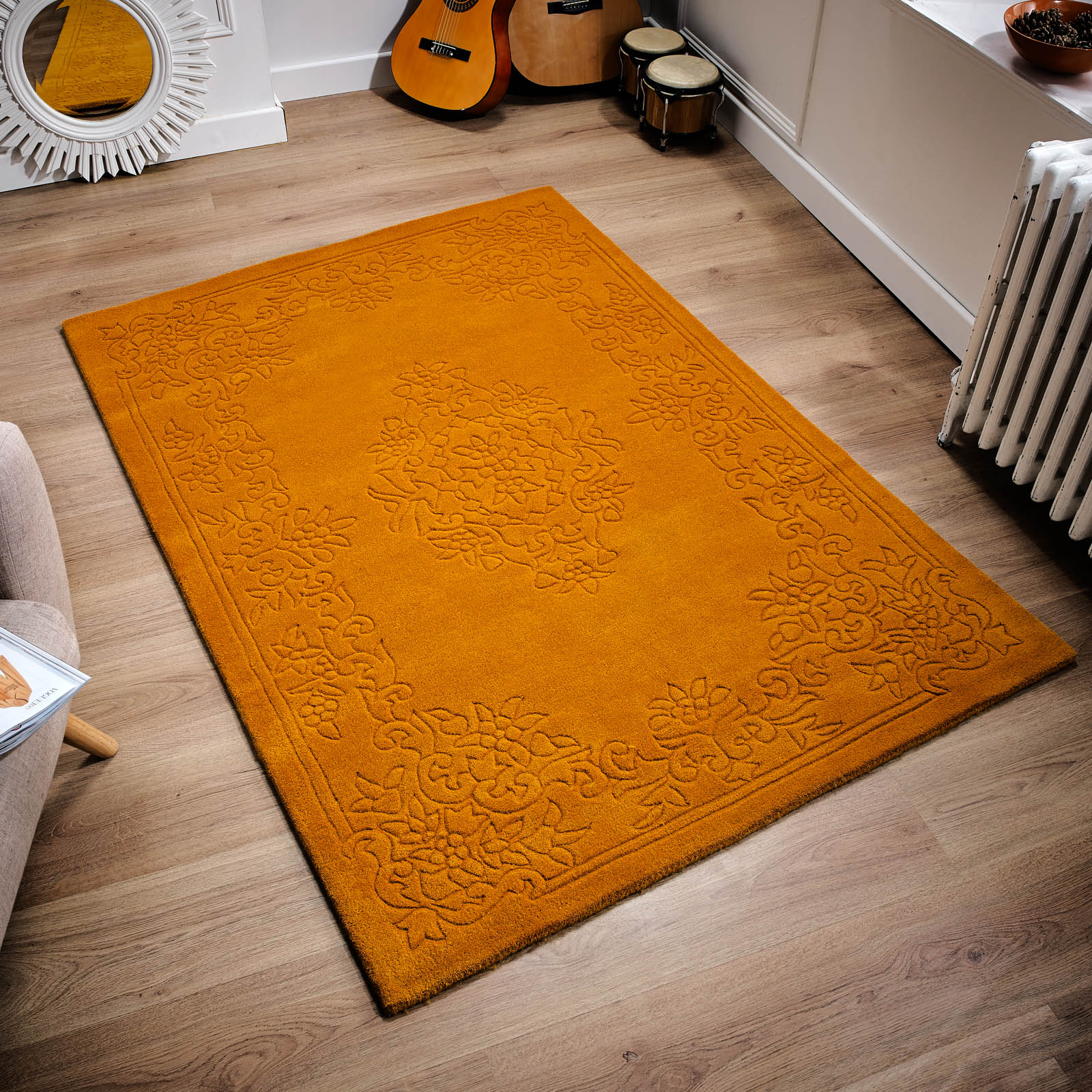 Imperial Traditional Rugs in Gold