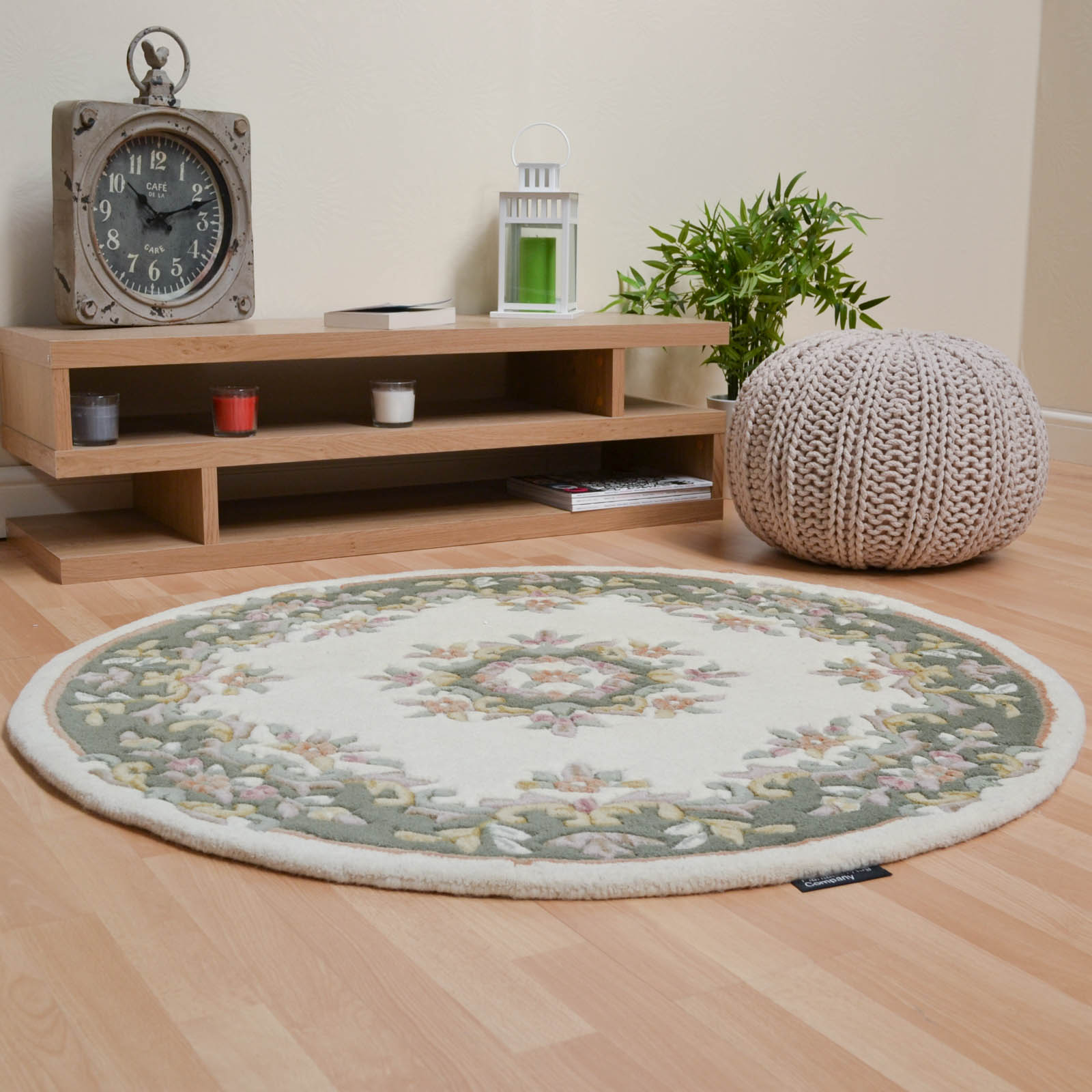 Jewel Circular Wool Rugs in Ivory Green