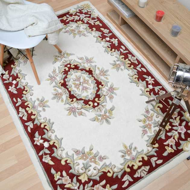 Jewel Traditional Wool Rugs in Ivory Wine