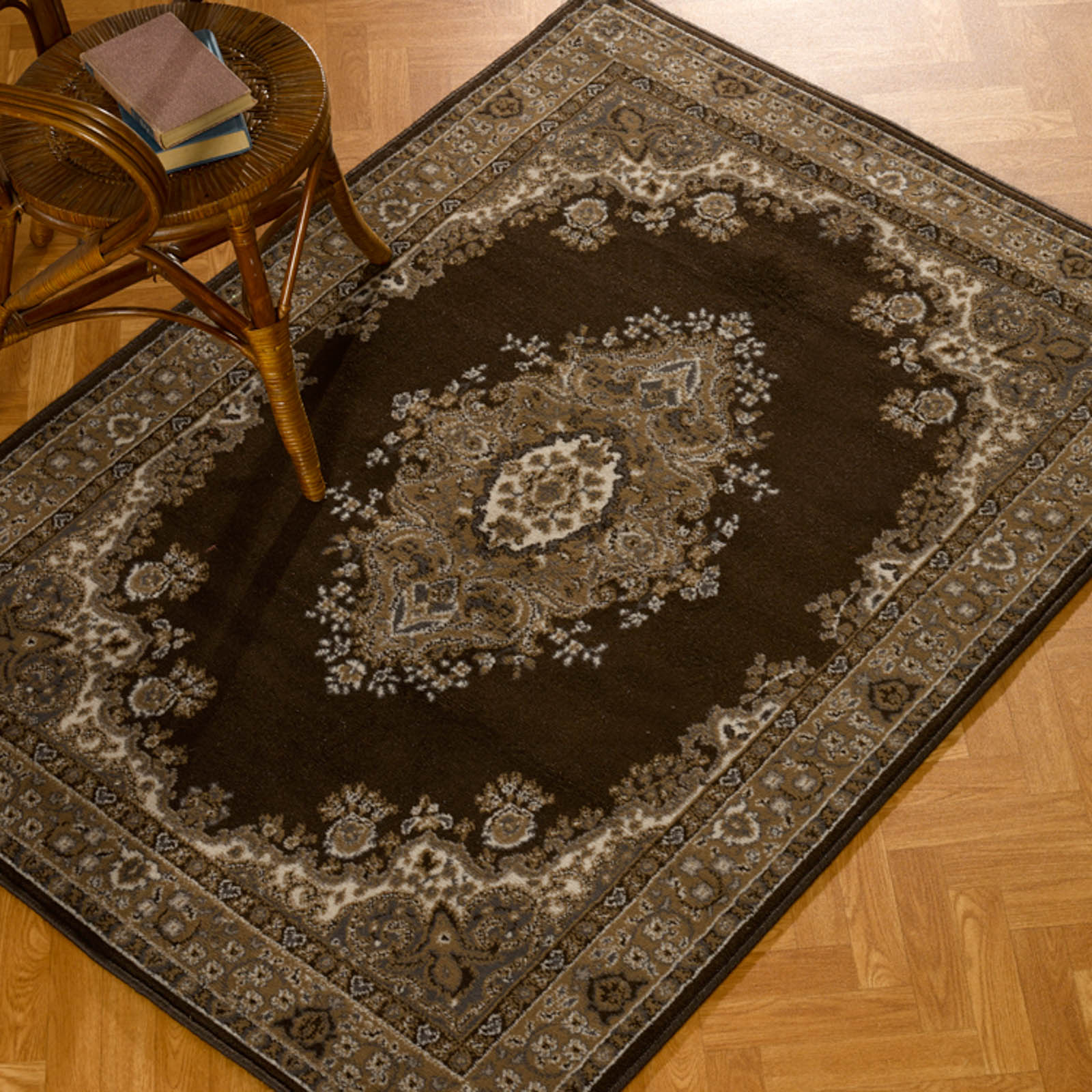 Lancaster Brown Traditional Rugs