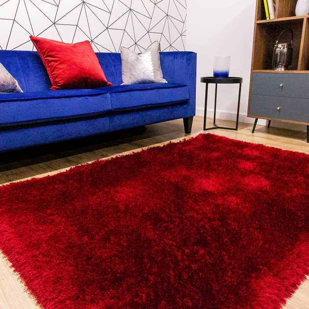 Mayfair Shaggy Rugs in Red