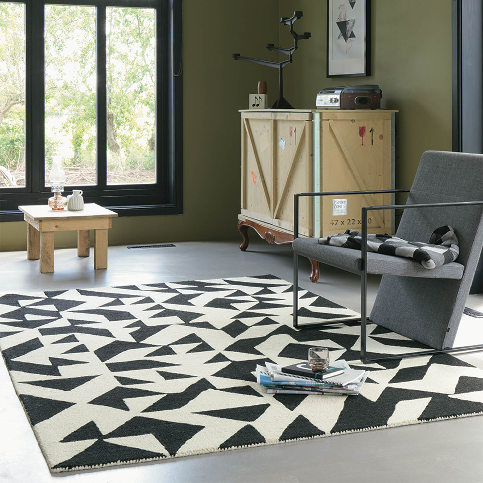 Nova Origami Rugs 89005 in Black and Cream by Brink and Campman