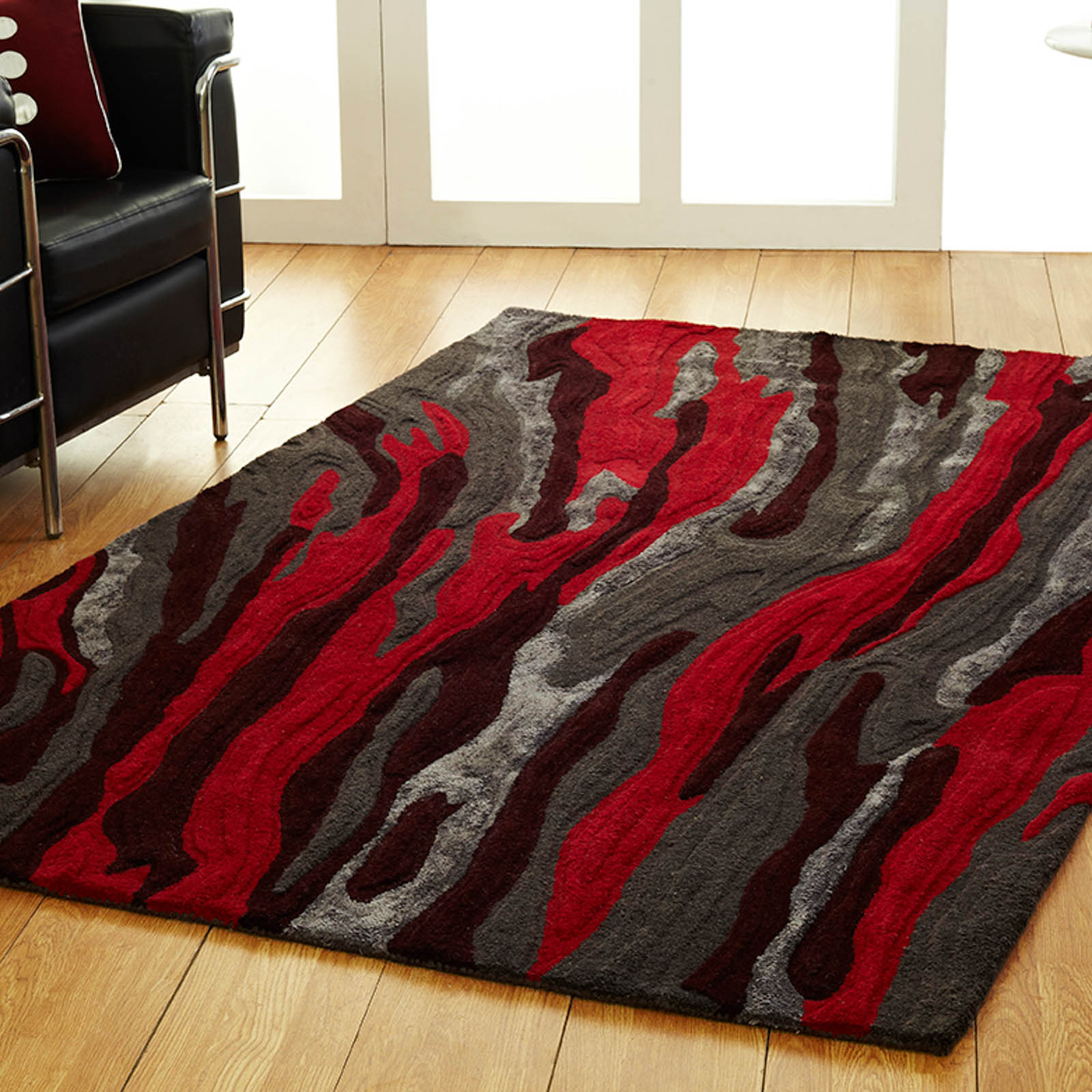 Unique Passion Rug In Dark Grey Red Free Uk Delivery
